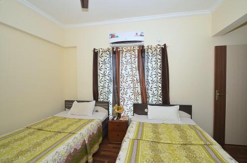 TrustedStay Service Apartments in Kopar Khairane   Mumbai - Master Bedroom