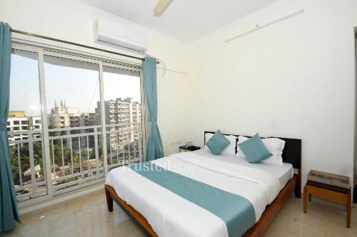 Bedroom |  Fully furnished Service apartments in Santacruz East, Mumbai