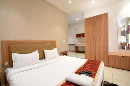 Master Bedroom | Service Apartments in Noida