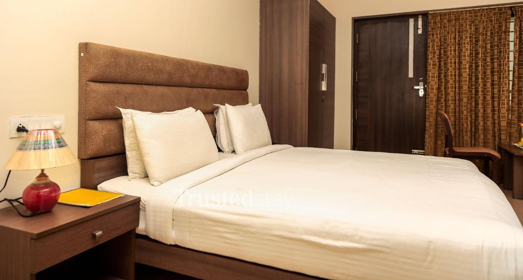 Service Apartments in Visakhapatnam, bedroom