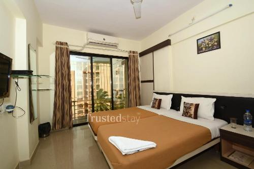 Service Apartments | Andheri East | Mumbai - Master Bedroom
