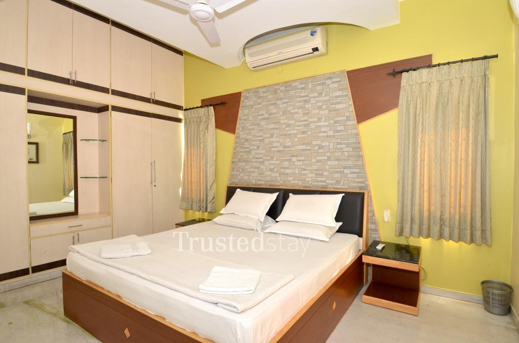 Service Apartments Coimbatore - Master Bedroom