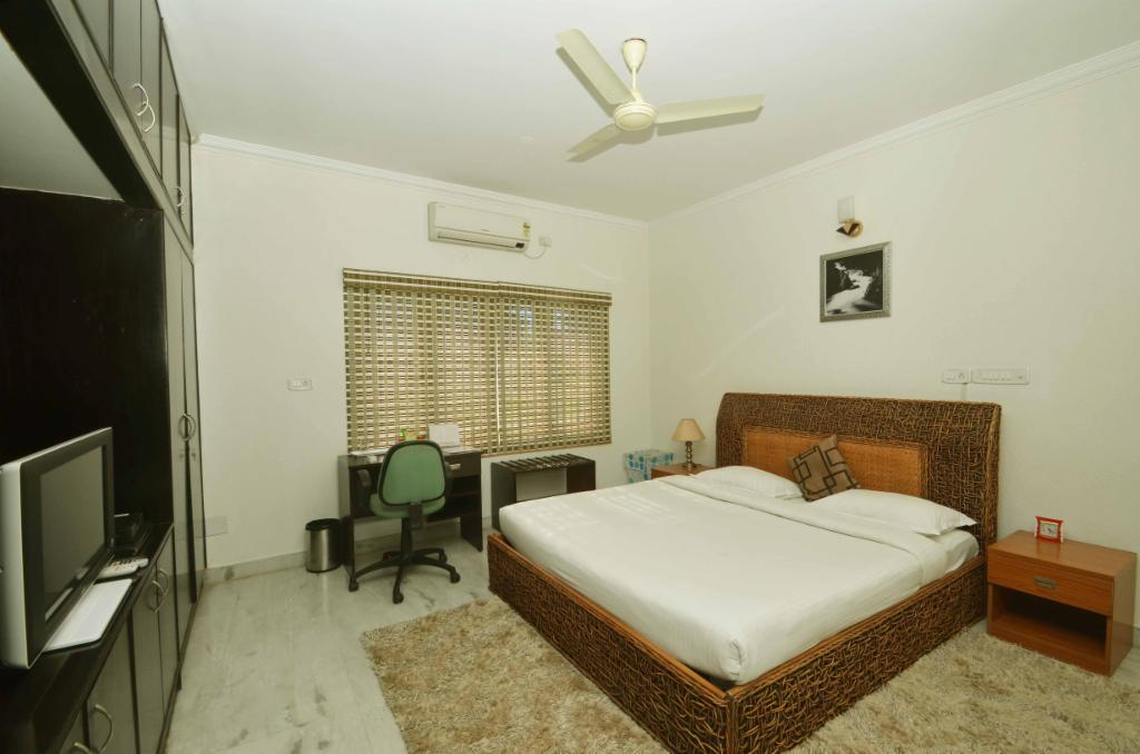 Service apartments in Bangalore, HBR layout - furnished bedroom