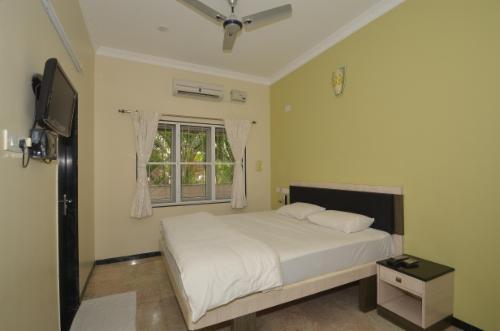 Book service apartment in Coimbatore - Master Bedroom